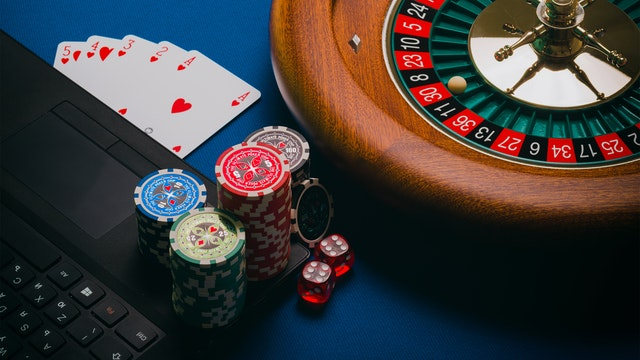 Online Casino – Look Out For The Benefits!