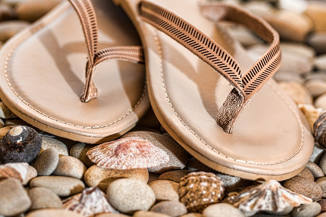 4 Big Reasons That You Should Pick The Wedding Flip Flops